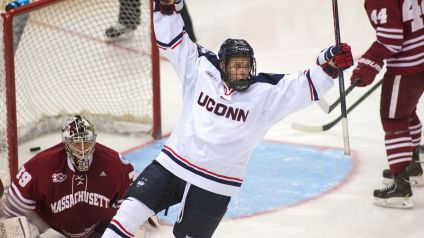 UConn-college-hockey-image-ryan-Tyson-2.vresize.1200.675.high.66